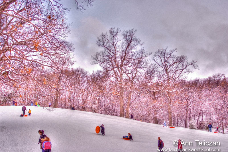 Sledding Hills in Grand Rapids, Michigan (2)